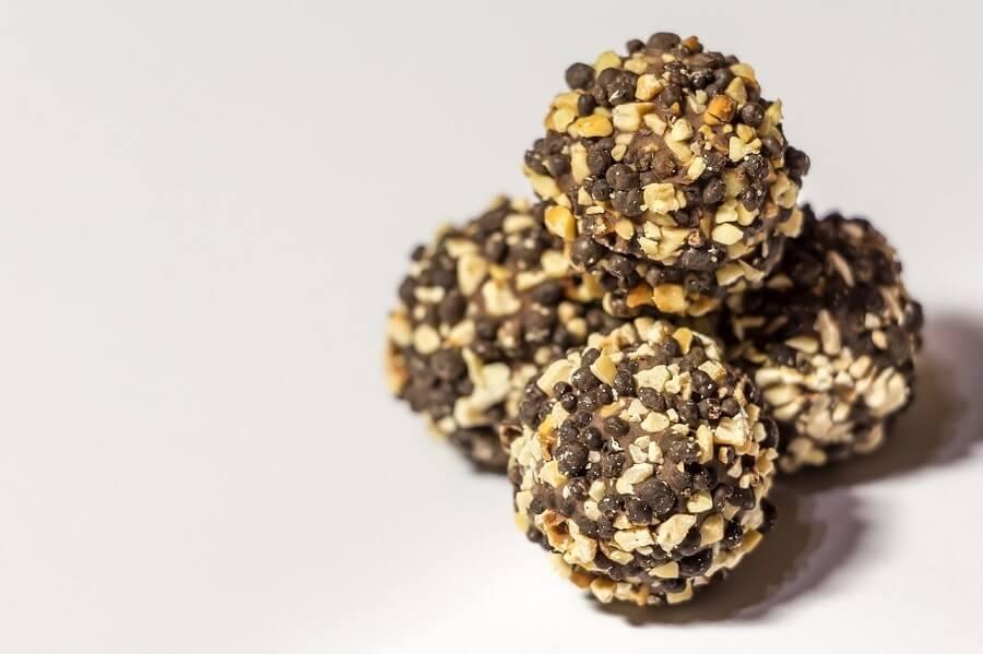 nötter sesamfrö och mörkchoklad för bästa zma